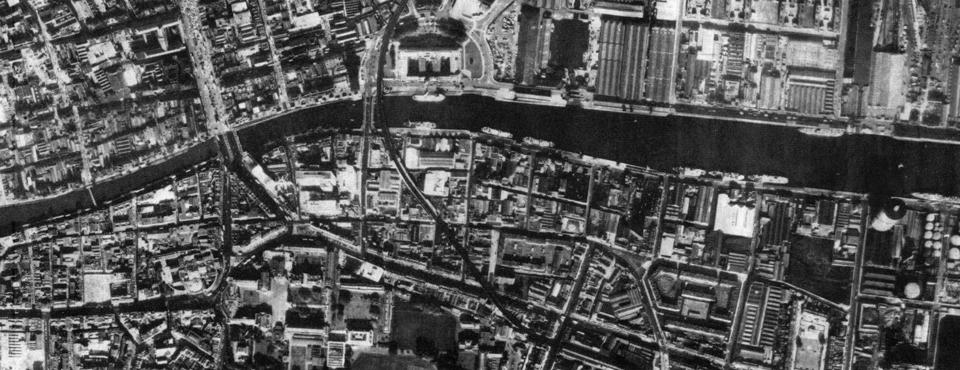 Dublin Quays 1940s